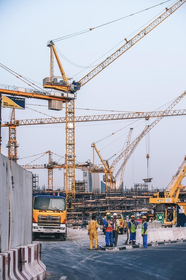 Tips to Run a Crane Hire Company